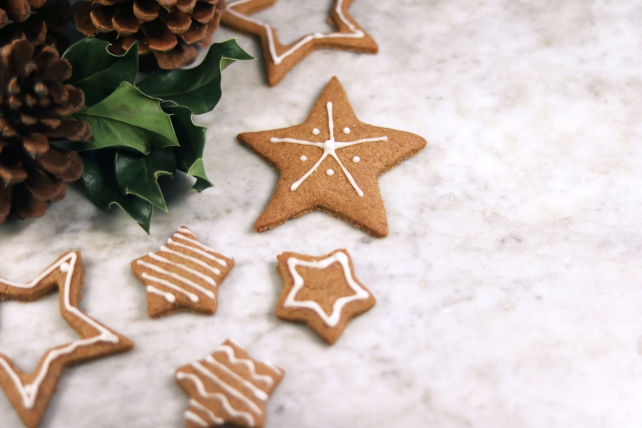 RECIPE OF THE MONTH: Gingerbread Biscuits